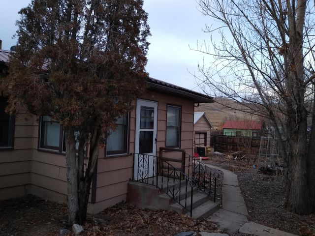 414 Broadway Avenue, Hot Springs, MT 59845