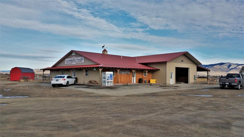 1916 Mt Highway 28, Hot Springs, MT 59845
