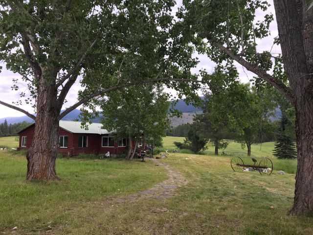 2543 Mt Highway 200, Trout Creek, MT 59874
