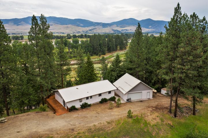 15 Island View Lane River Road West, Plains, MT 59859