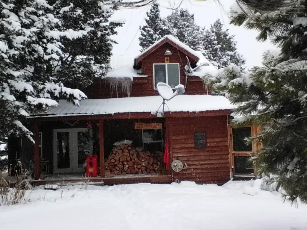 13621 Hoover Creek Road, Drummond, MT 59832