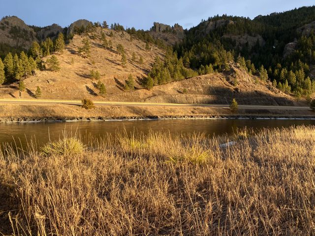 33 Missouri Overlook Drive, Cascade, MT 59421