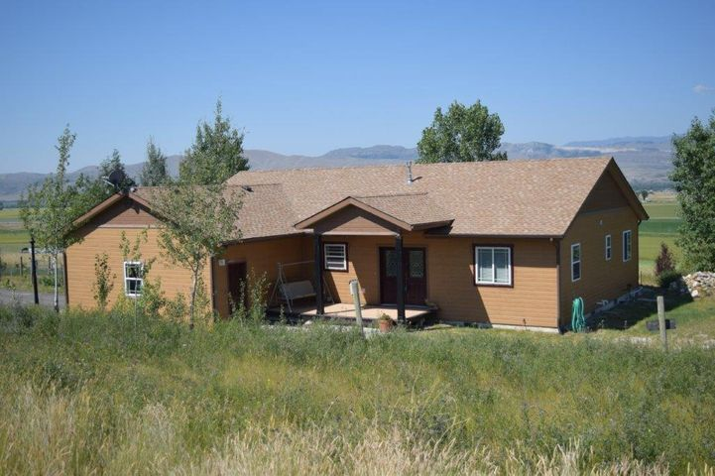 27 Sullivan Ridge Way, Townsend, MT 59644