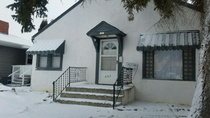 307 S Illinois Street, Conrad, MT 59425
