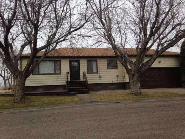 415 Jimmy Avenue, Shelby, MT 59474