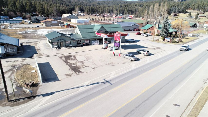 7170 US Highway 93 S, Lakeside, MT 59922