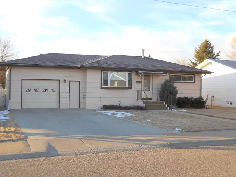 520 23rd Avenue N E, Great Falls, MT 59404