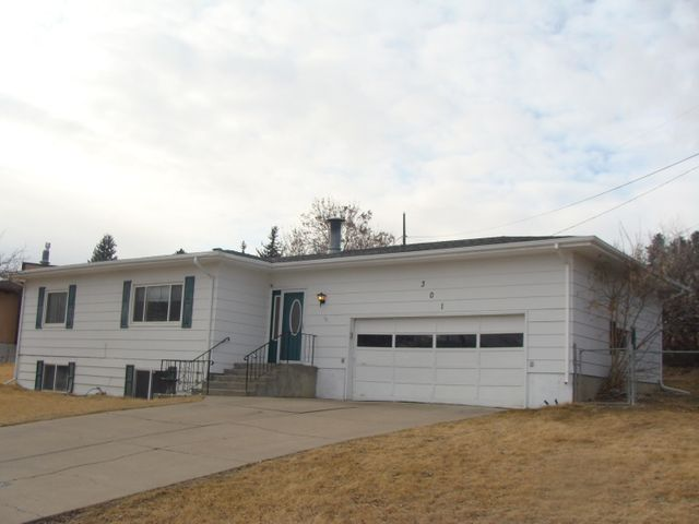 301 Riverview Drive W, Great Falls, MT 59404