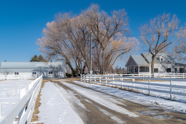 182 Camas Creek Loop, Hamilton, MT 59840