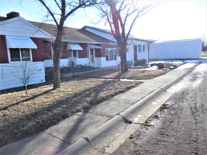 305 2nd Avenue W, Sunburst, MT 59482