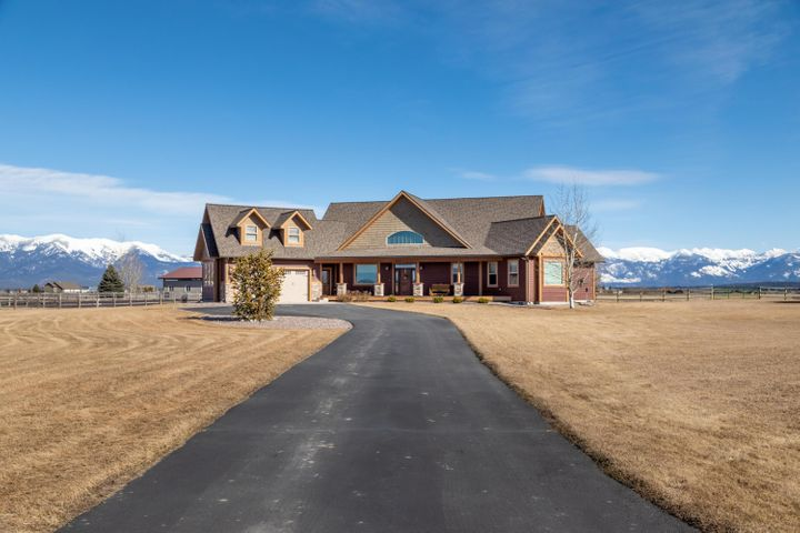 2007 Gayle Way, Kalispell, MT 59901