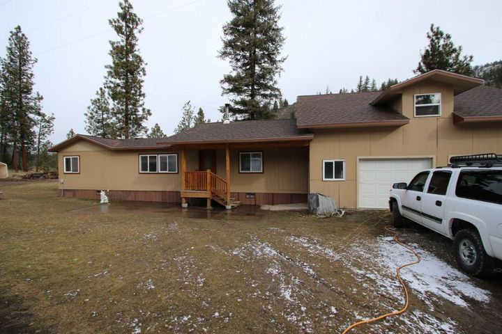 6929 Mt-200, Plains, MT 59859
