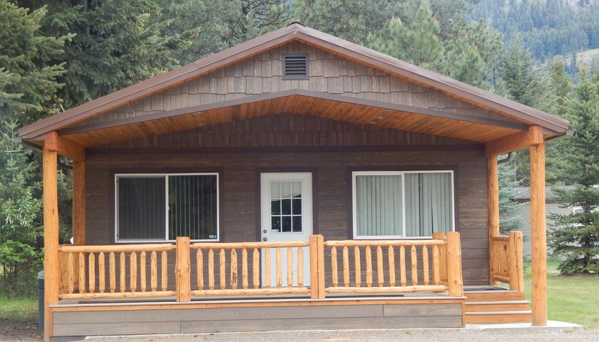 2977 Mt-200, Trout Creek, MT 59874