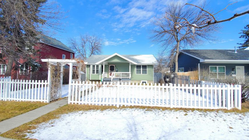511 5th Avenue N, Great Falls, MT 59401
