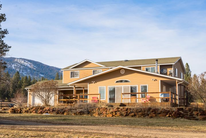 296 Indian Prairie Loop, Victor, MT 59875