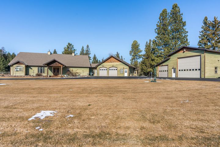 301 Elk Park Road, Columbia Falls, MT 59912