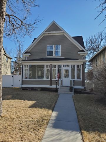 916 3rd Avenue N, Great Falls, MT 59401