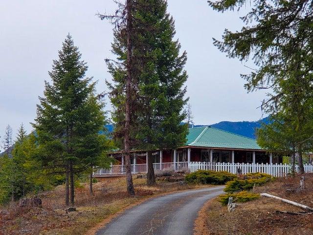 11 Moose Pond Lane W, Trout Creek, MT 59874