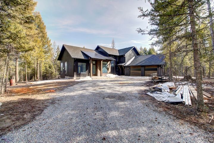 210 Hills Lookout Court, Whitefish, MT 59937