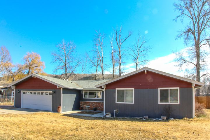 1204 Lakeside Drive, Lolo, MT 59847