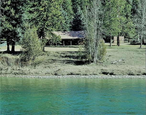 6741 Kootenai River Road, Libby, MT 59923