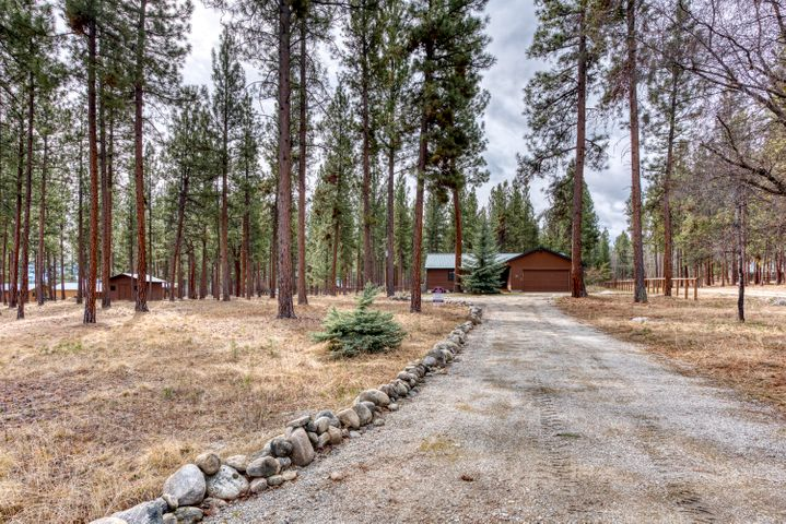 667 Bear Creek Road, Victor, MT 59875