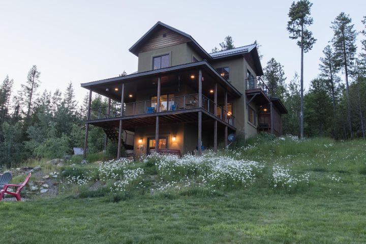967 Lake Drive, Columbia Falls, MT 59912