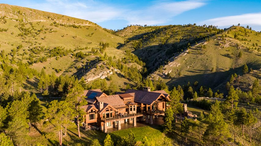- Orchard Springs Lodge, Helena, MT 59602
