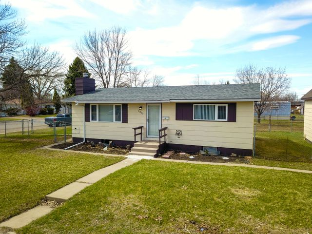 2825 8th Avenue N, Great Falls, MT 59401