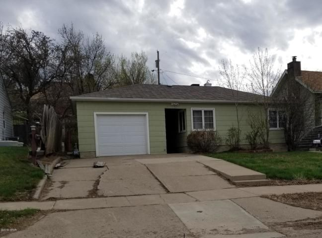 320 2nd Street S, Shelby, MT 59474