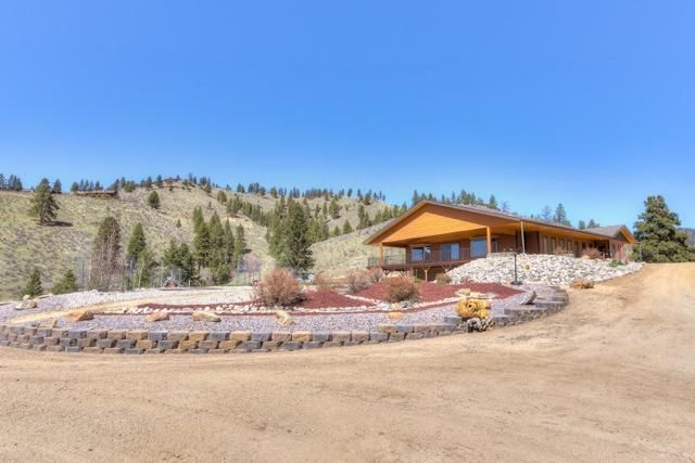 215 Critter Crossing Trail, Conner, MT 59827