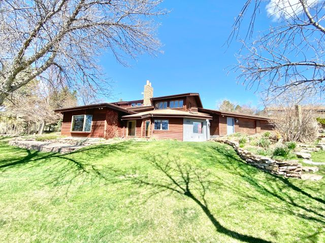 26 Dune Ridge Lane, Great Falls, MT 59404