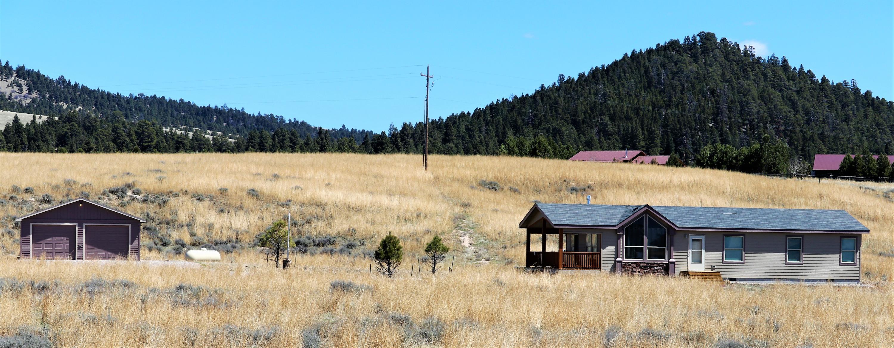 4 N Star Road, White Sulphur Springs, MT 59645