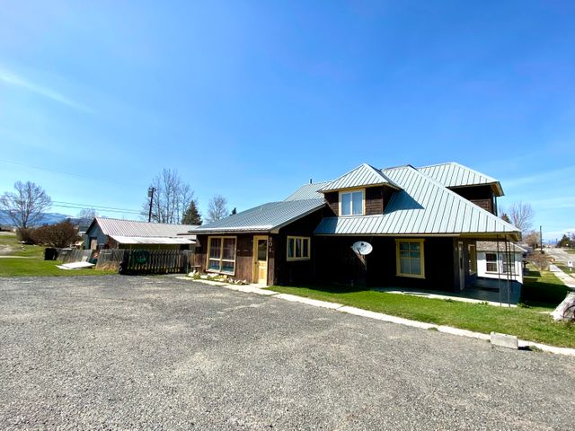 801 W Texas Avenue 1016 Oregon St, Deer Lodge, MT 59722