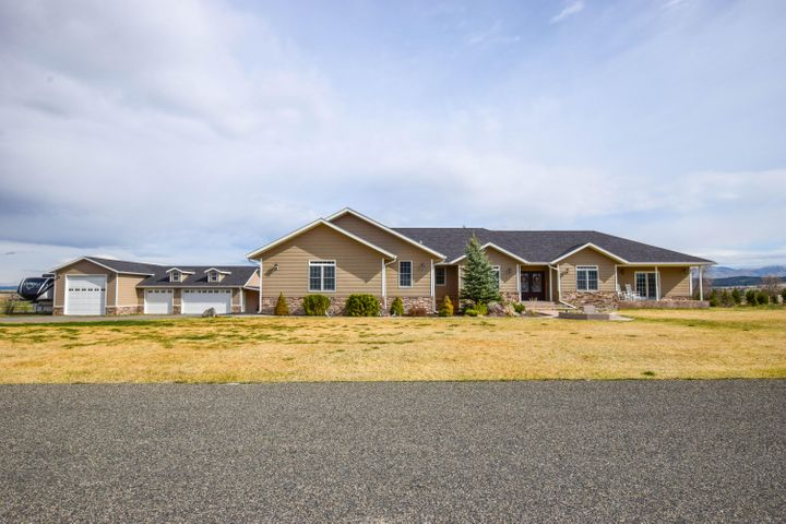 2136 Crested Wheat Loop, East Helena, MT 59635