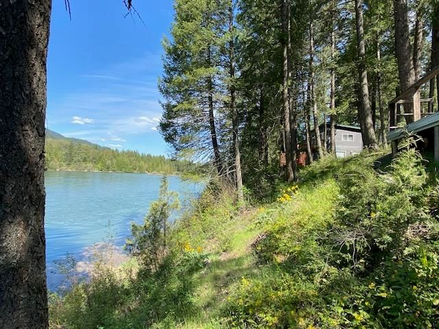 272 Waterfront Road, Troy, MT 59935