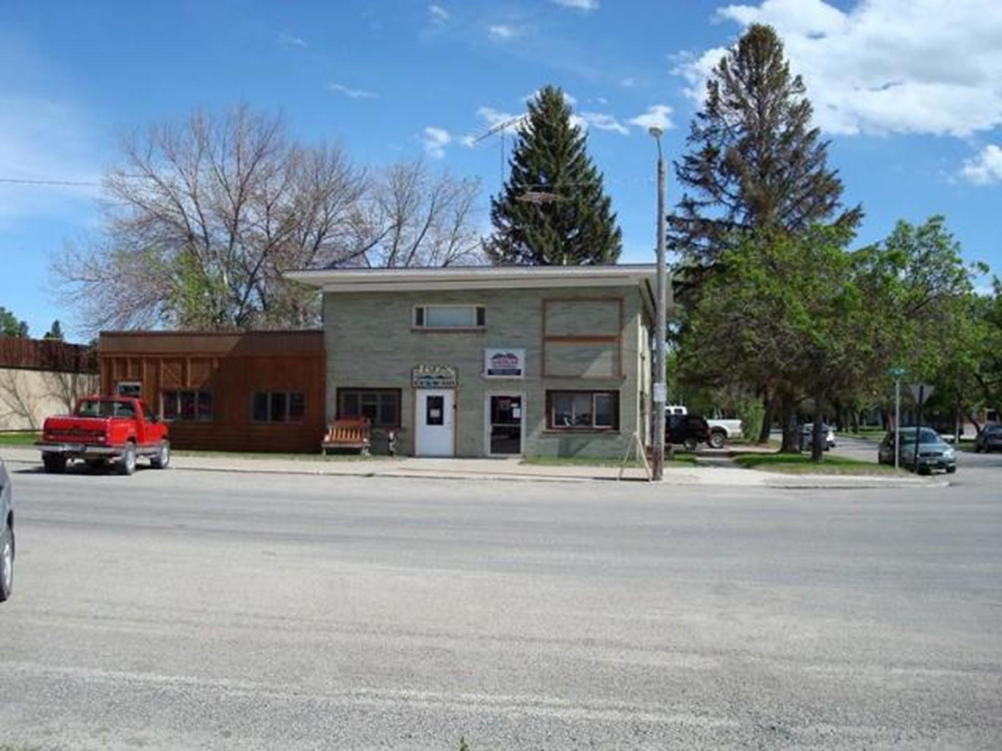 35 1st Street N W, Choteau, MT 59422
