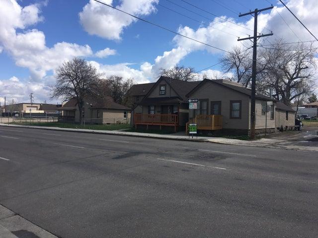207 6th Street S, Great Falls, MT 59405