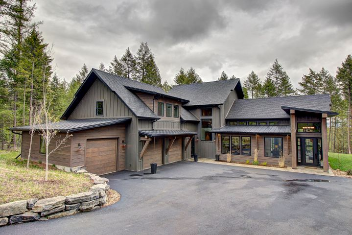 211 Hills Lookout Court, Whitefish, MT 59937