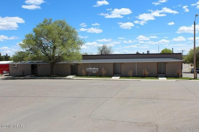130 Montana Avenue, Shelby, MT 59474