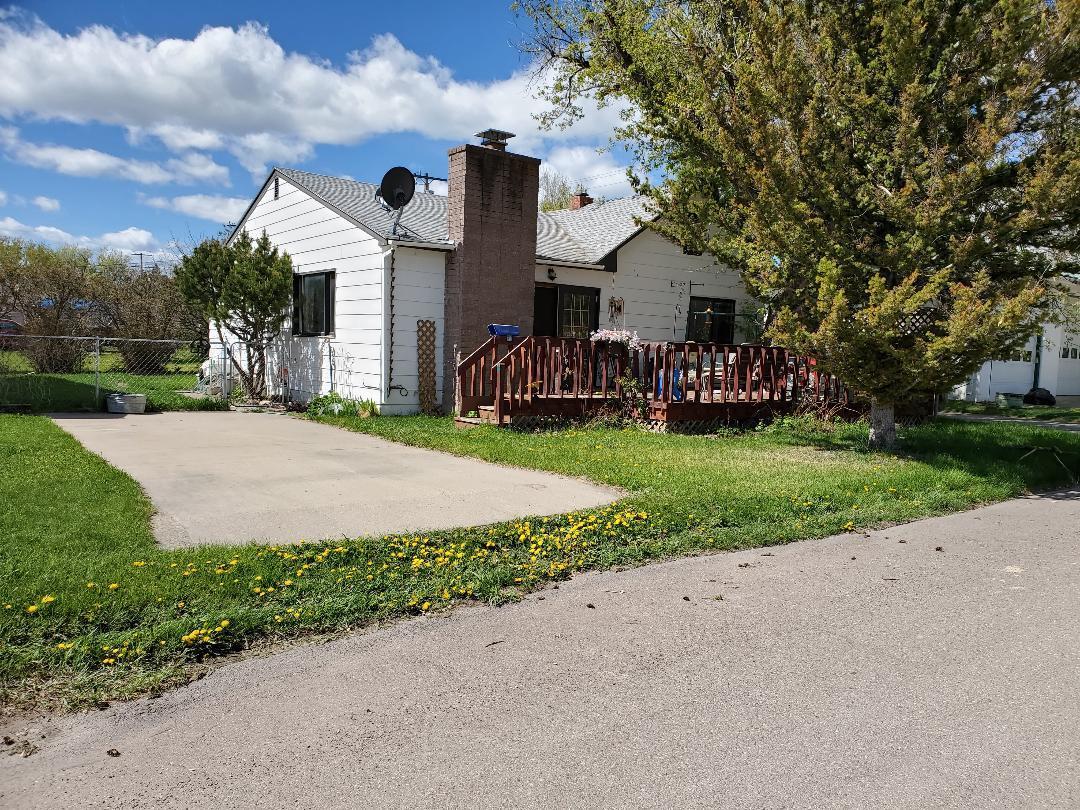 104 3rd Avenue N, Cascade, MT 59421