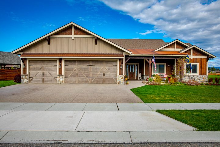 135 Sage Grouse Way, Kalispell, MT 59901