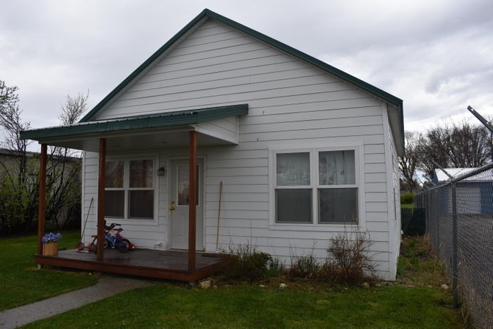 220 Main Avenue S, Choteau, MT 59422