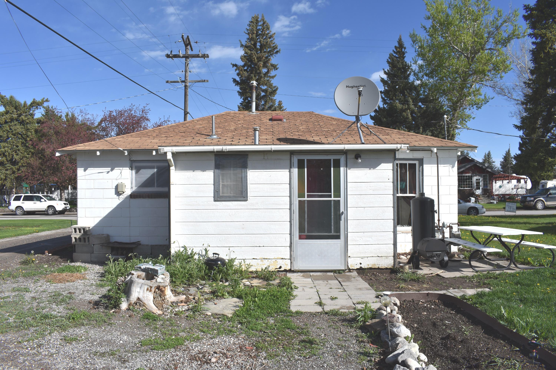 412 3rd Street N E, Choteau, MT 59422