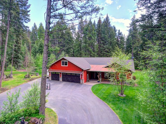 216 Tavern Lane, Columbia Falls, MT 59912