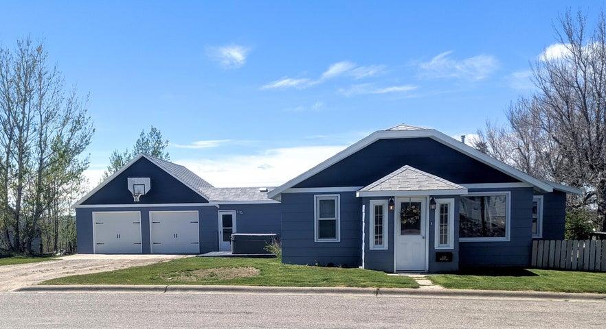 322 S Central Avenue, Cut Bank, MT 59427