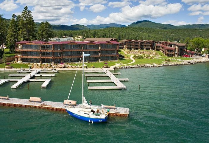 7175 Us 93 S 3-303, Lakeside, MT 59922