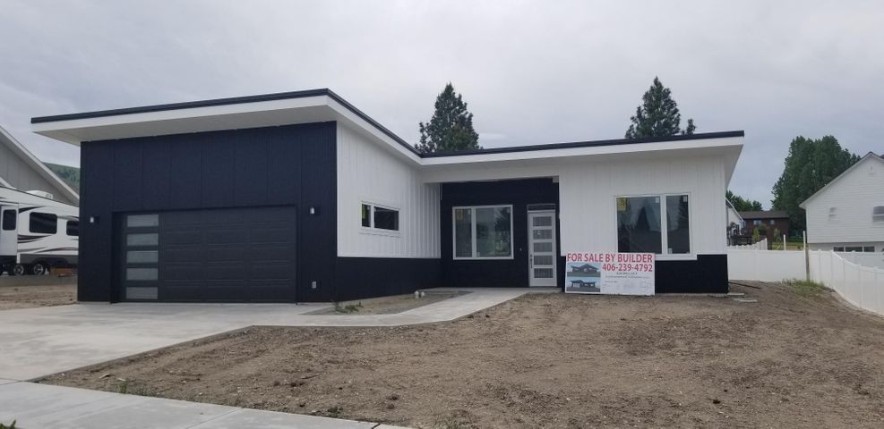 Beautiful new construction with a modern theme.  Located in the highly popular Invermere subdivision in Miller Cr. Three bedrooms on the main level PLUS a full 1430 sq ft of additional space available in the lower level. Gorgeous kitchen, flooring and fireplace.  Has a great master suite. This neighborhood is one of a few newer areas that allow on site boat or RV parking. A side parking pad could be added for a small upgrade charge.  Home has central AC. Final interior cleaning happening soon and interior pics will be posted.  Listed by KC Hart