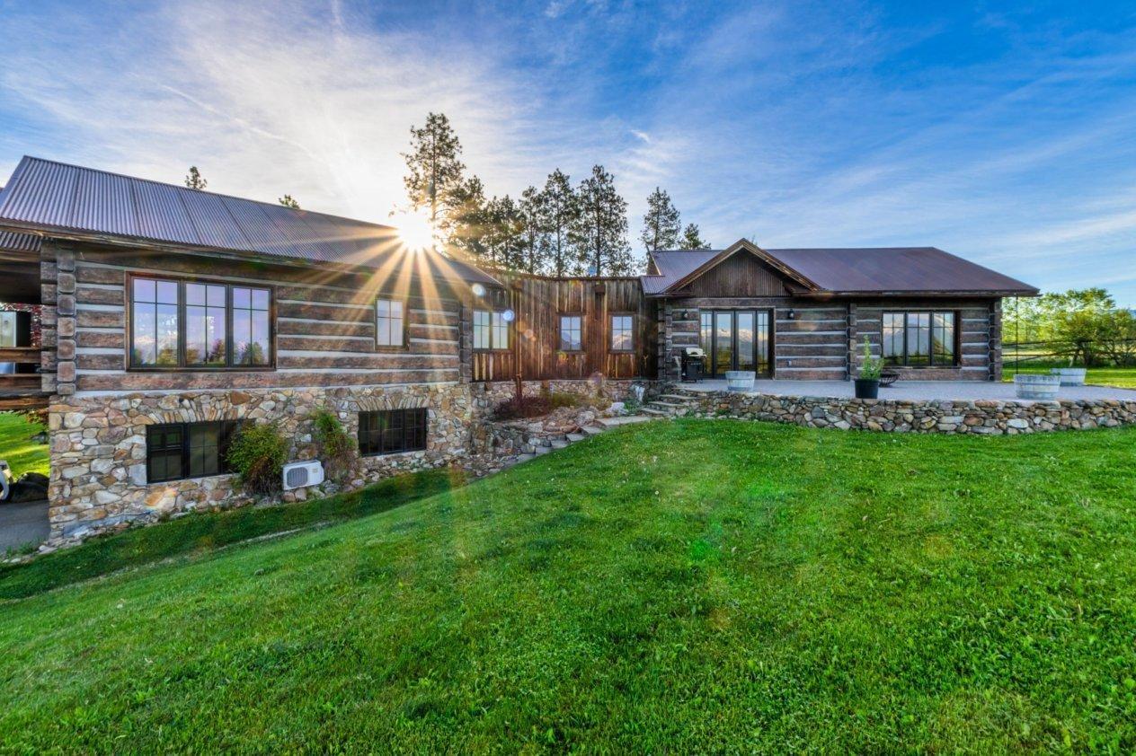852 S Sunset Bench Road, Stevensville, MT 59870