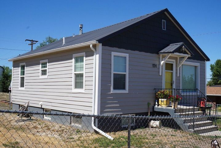 151 10th Avenue N, Shelby, MT 59474